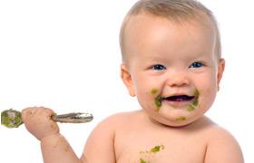 Co powinny jeść małe dzieci?